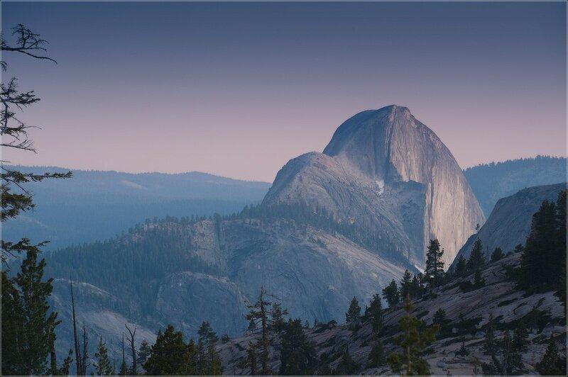 Хаф-Доум — гранитная скала, один из символов национального парка Йосемити