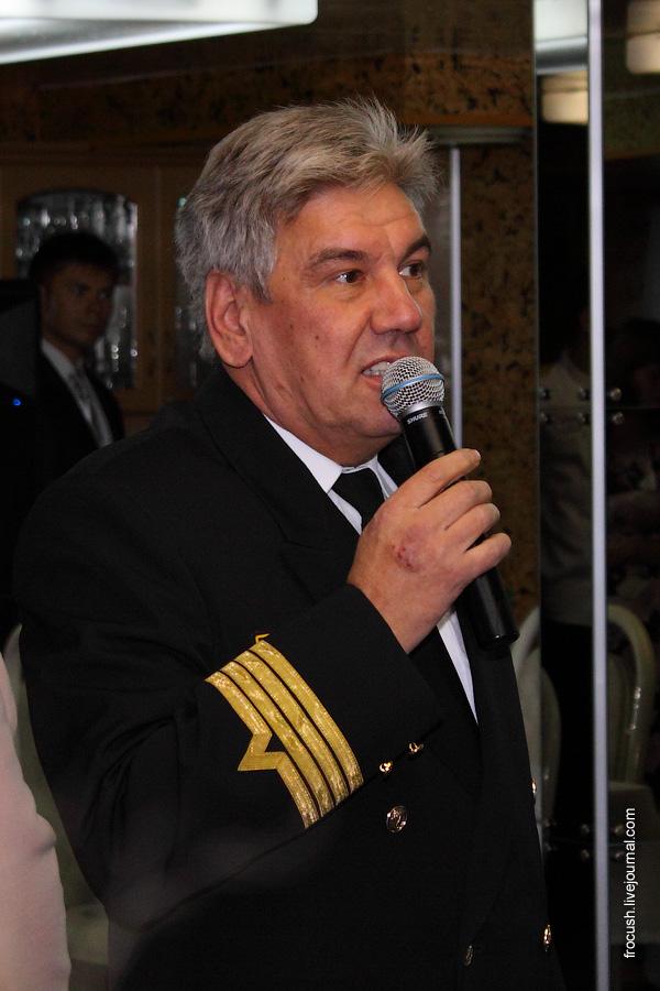 Капитан теплохода «Сергей Кучкин» Дубинин Сергей Борисович.