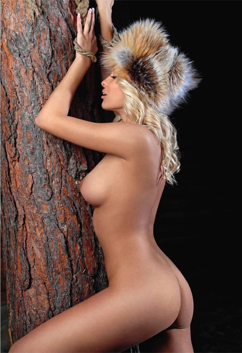 Вероника Коноплева / Veronika Konoplyova in Playboy Ukraine december 2010