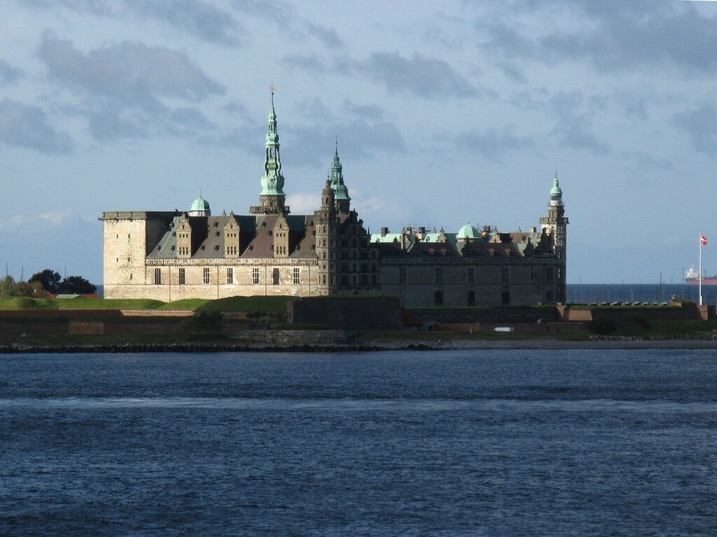 Øresund strait, Kronborg Castle