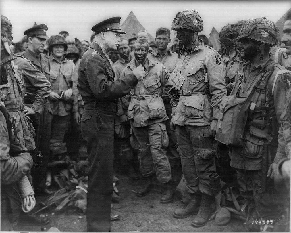 """Eisenhower at the D-Day """"Вторжение"""""""