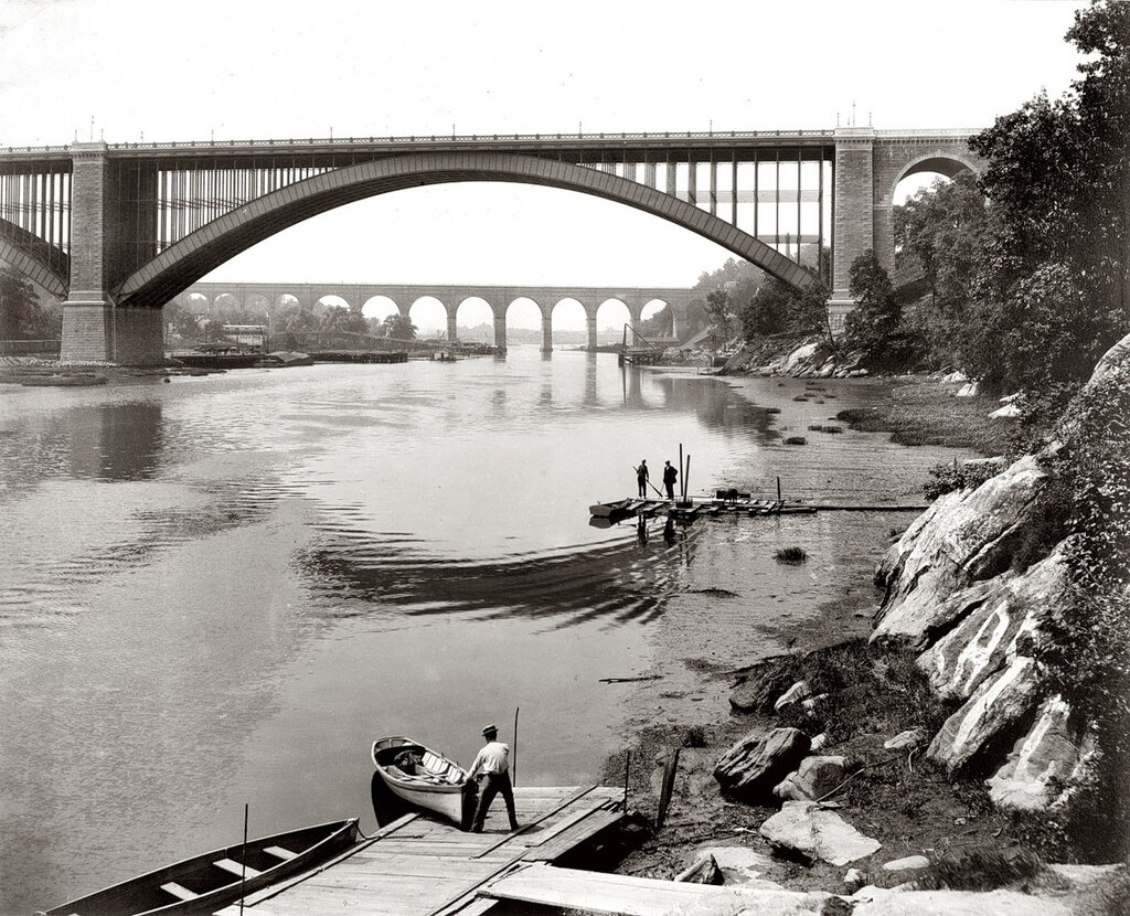Harlem River: 1890 photograph by William Henry Jackson