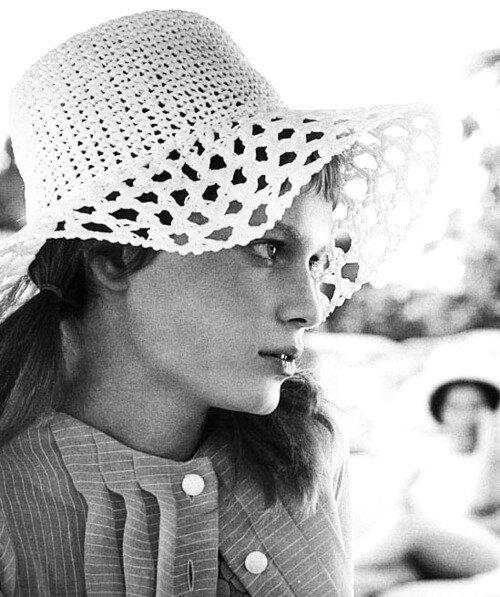 : Mia Farrow, 1969,