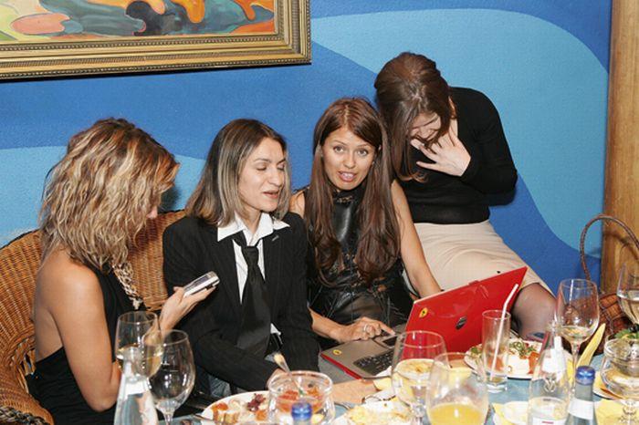 Скандальные фото Виктории Бони ... http://img-fotki.yandex.ru/get/4512/130422193.c8/0_73cfe_ff624669_orig