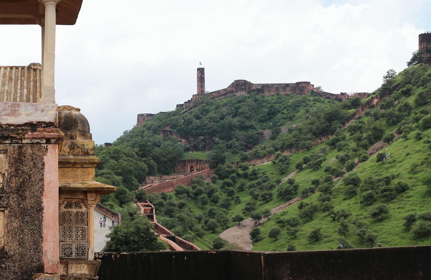 Фото 17. Еще один форт в Джайпуре - Джайгарх. Отчеты об экскурсии по Золотому треугольнику Индии.