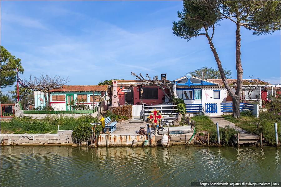 Канальные деревни во Франции