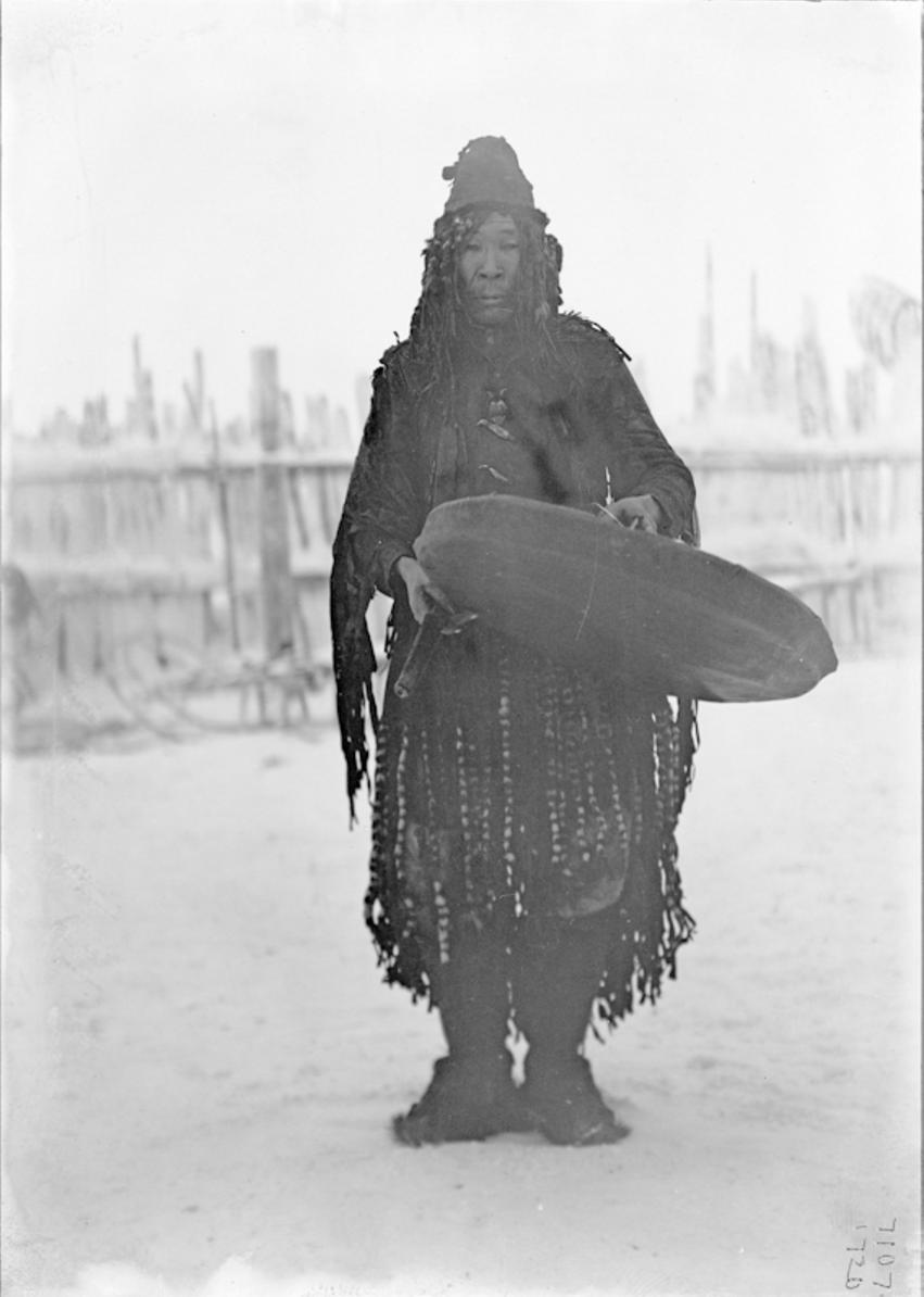 Шаман тундровых юкагир, 1902