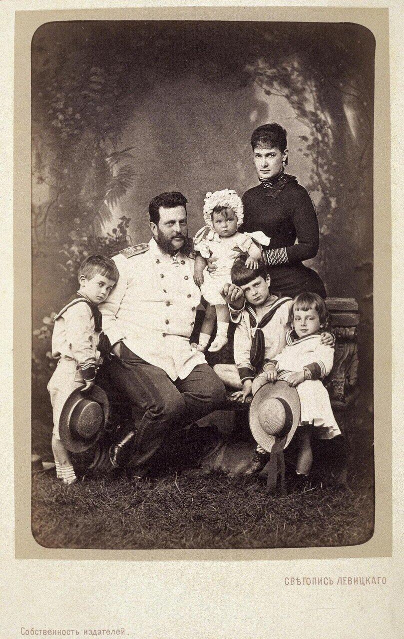Портрет семьи великого князя Владимира Александровича