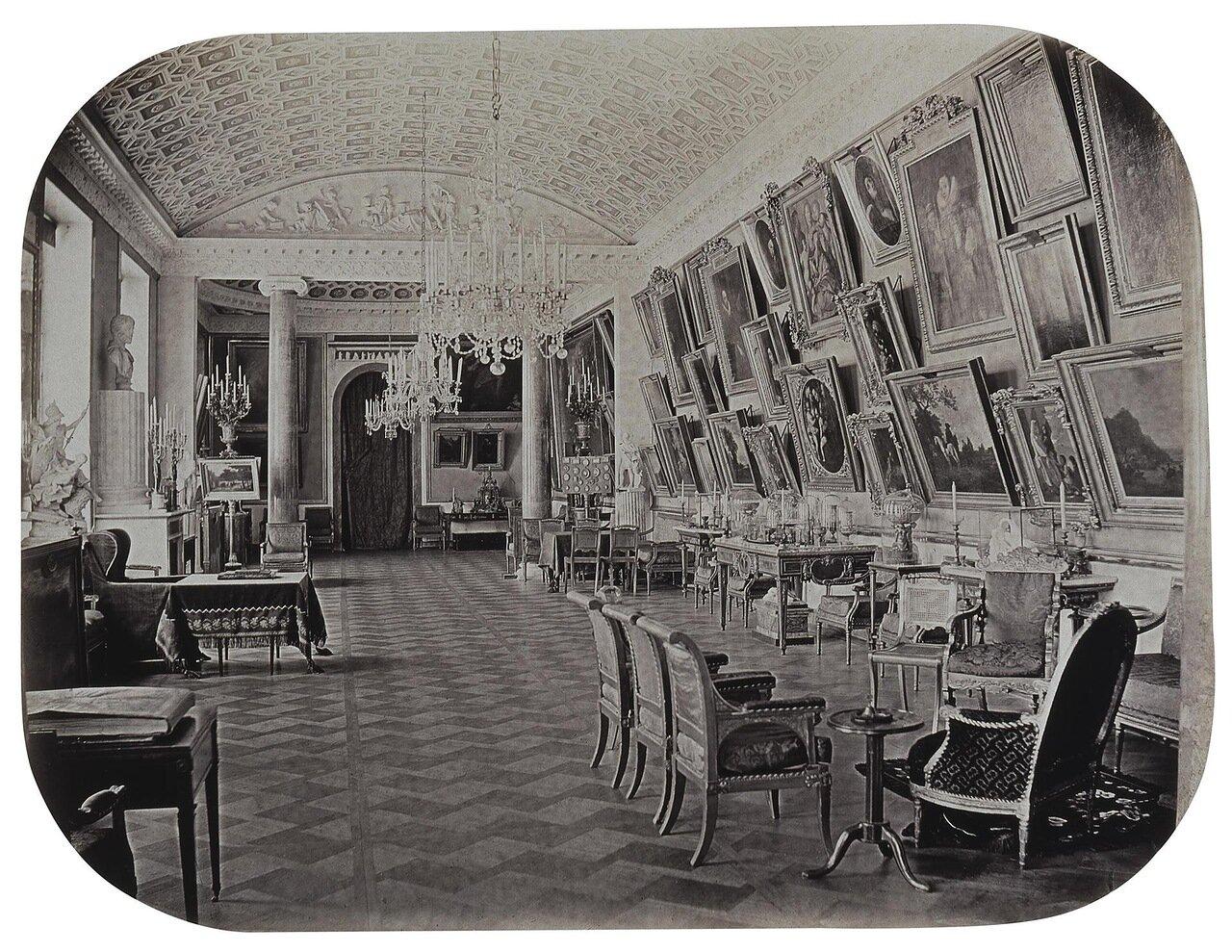Картинная галерея в Строгановском дворце