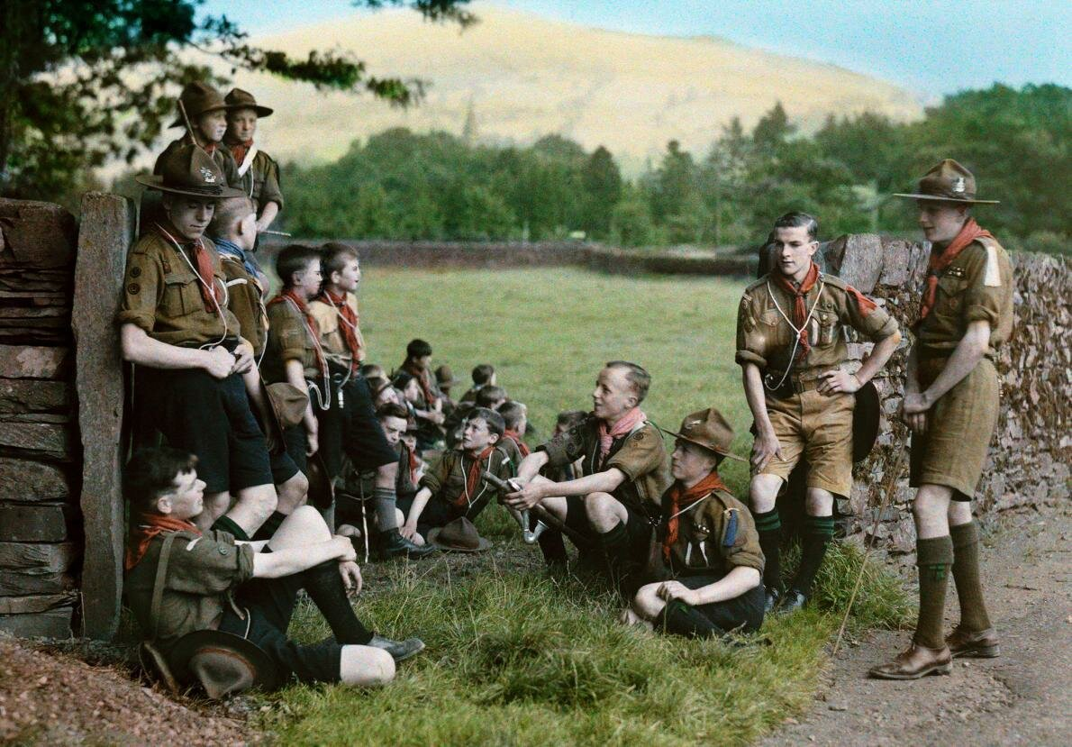 Бойскауты во время похода вблизи Амблсайда
