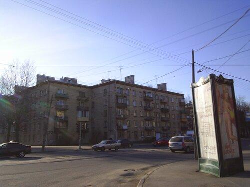 ул. Ленсовета 37