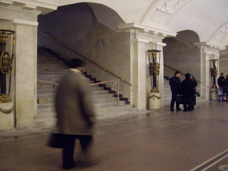 """Переход со станции  """"Пушкинская """" на станцию  """"Звенигородская """" готов к открытию."""
