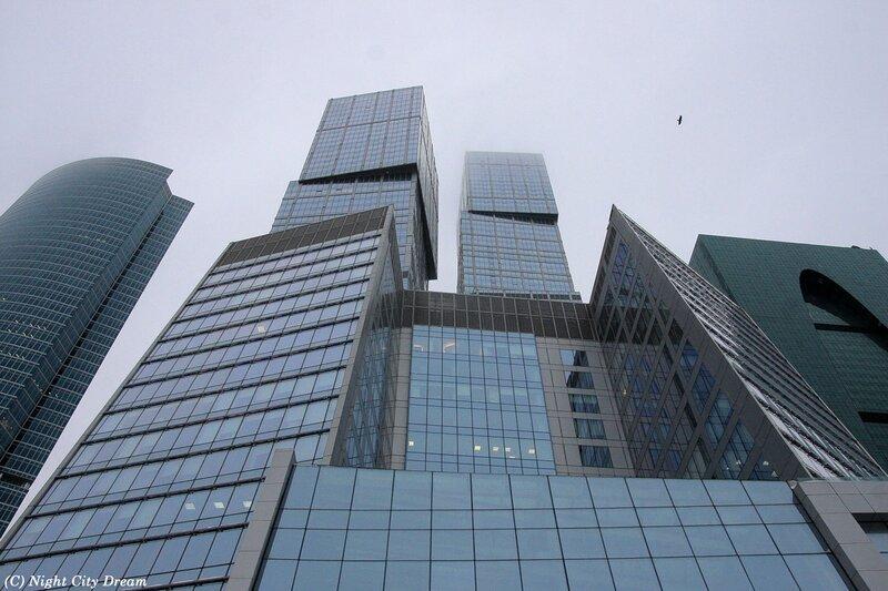 http://img-fotki.yandex.ru/get/4512/night-city-dream.92/0_4e66f_2c9f5e2f_XL.jpg