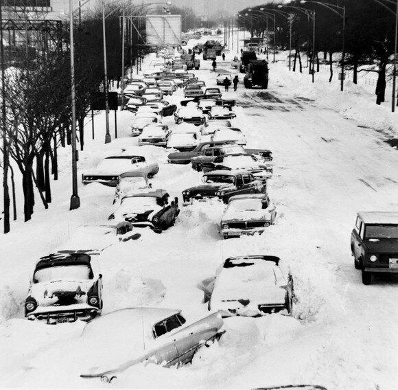 23 дюймов снега выпало на Чикаго в 1967 году