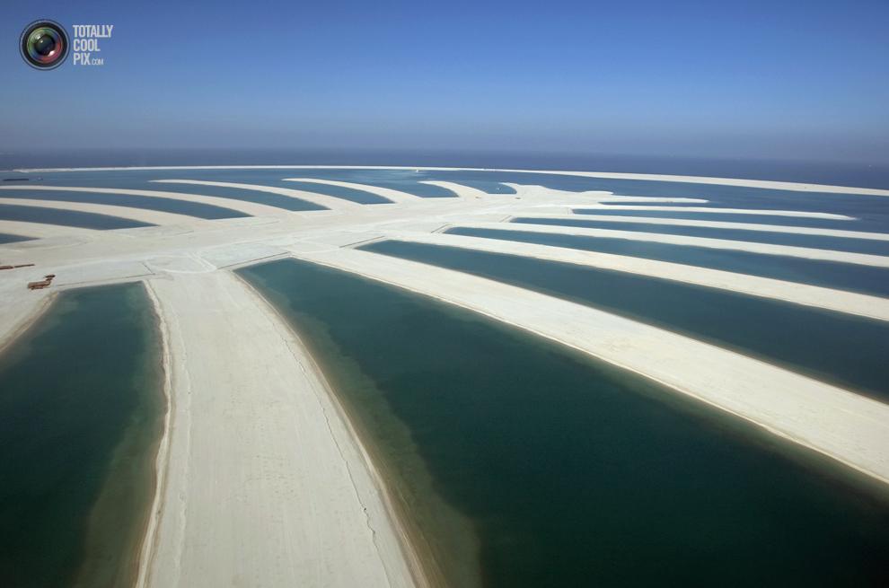 15. Вид с воздуха на остров Пальма Джебель Али. (REUTERS/Steve Crisp)