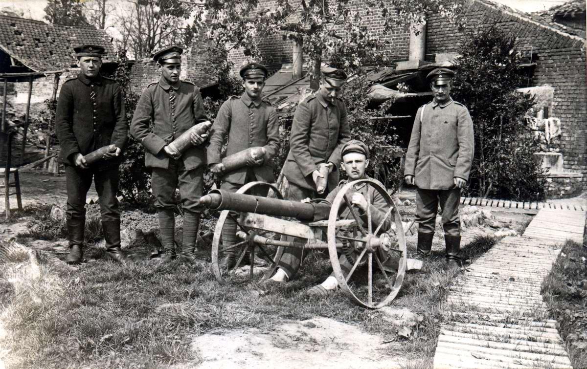 Секретное оружие немецкого кайзера - Самодельный муляж пушки для введения в заблуждения солдат противника (июнь 1917 года)