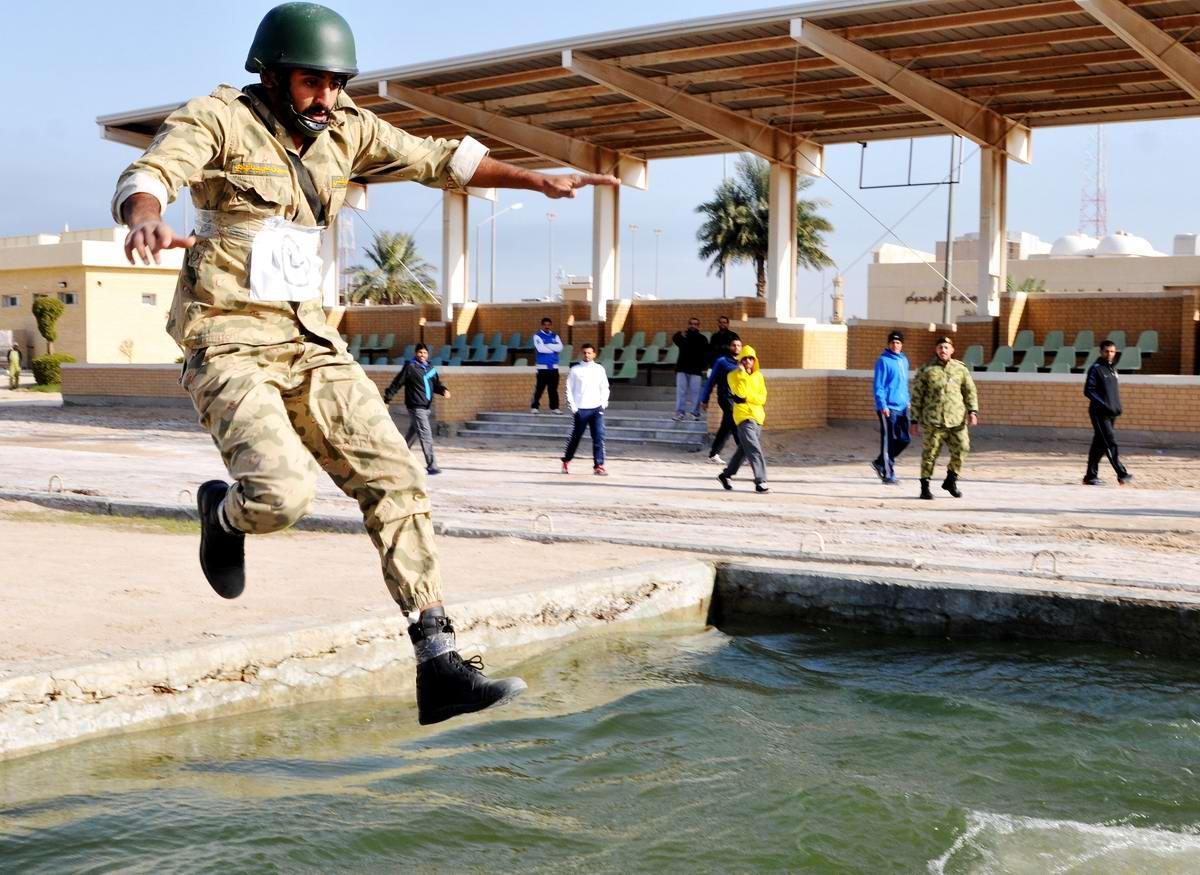 На учебном поле брани: Картинки из жизни бойцов различных спецназов (18)