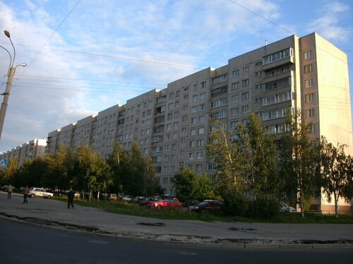 ул. Маршала Казакова 40