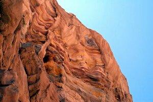 Причудливые картины Цветного каньона