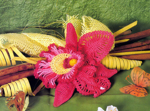 Поделки своими руками: розовая орхидея, связанная крючком