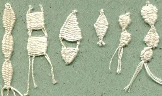 Плетение коклюшками насновки