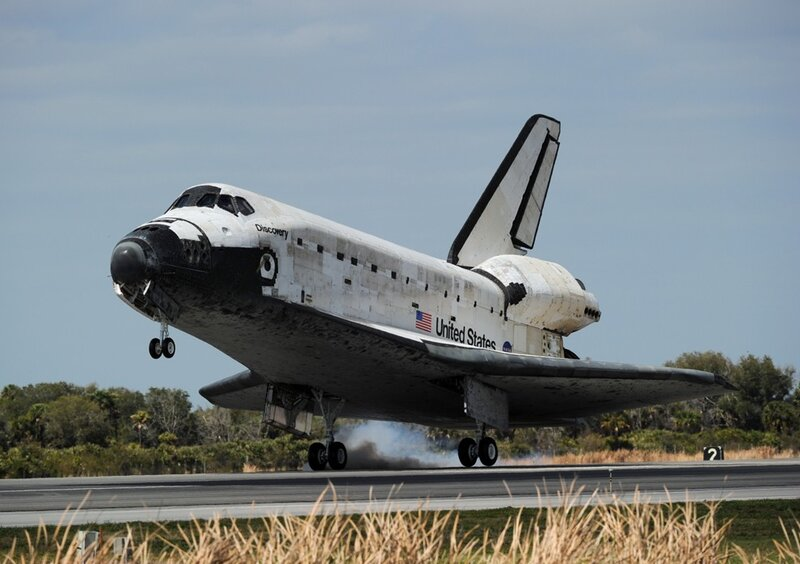 US-SPACE-SHUTTLE-DISCOVERY