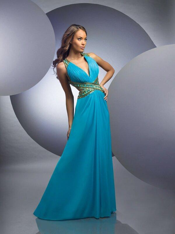 Выпускные длинные платья 2011 фото.