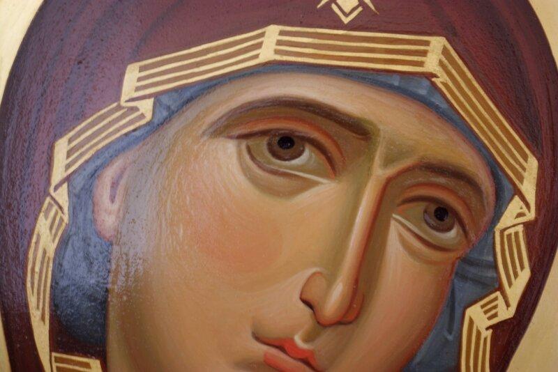"""Икона Божией Матери """"Умягчение злых сердец"""". Иконописец Наталия Пискунова. Фрагмент."""