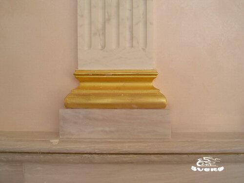 декоративная штукатурка греческой колонны