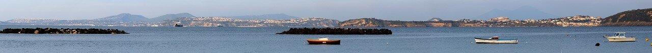 Искья. Панорама Неаполитанского залива.
