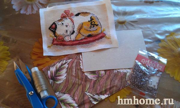 Как оформить вышивку рамкой из бисера