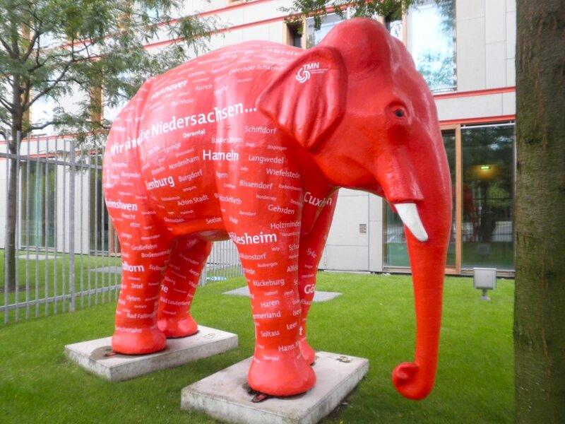 Розовый слон в Берлине