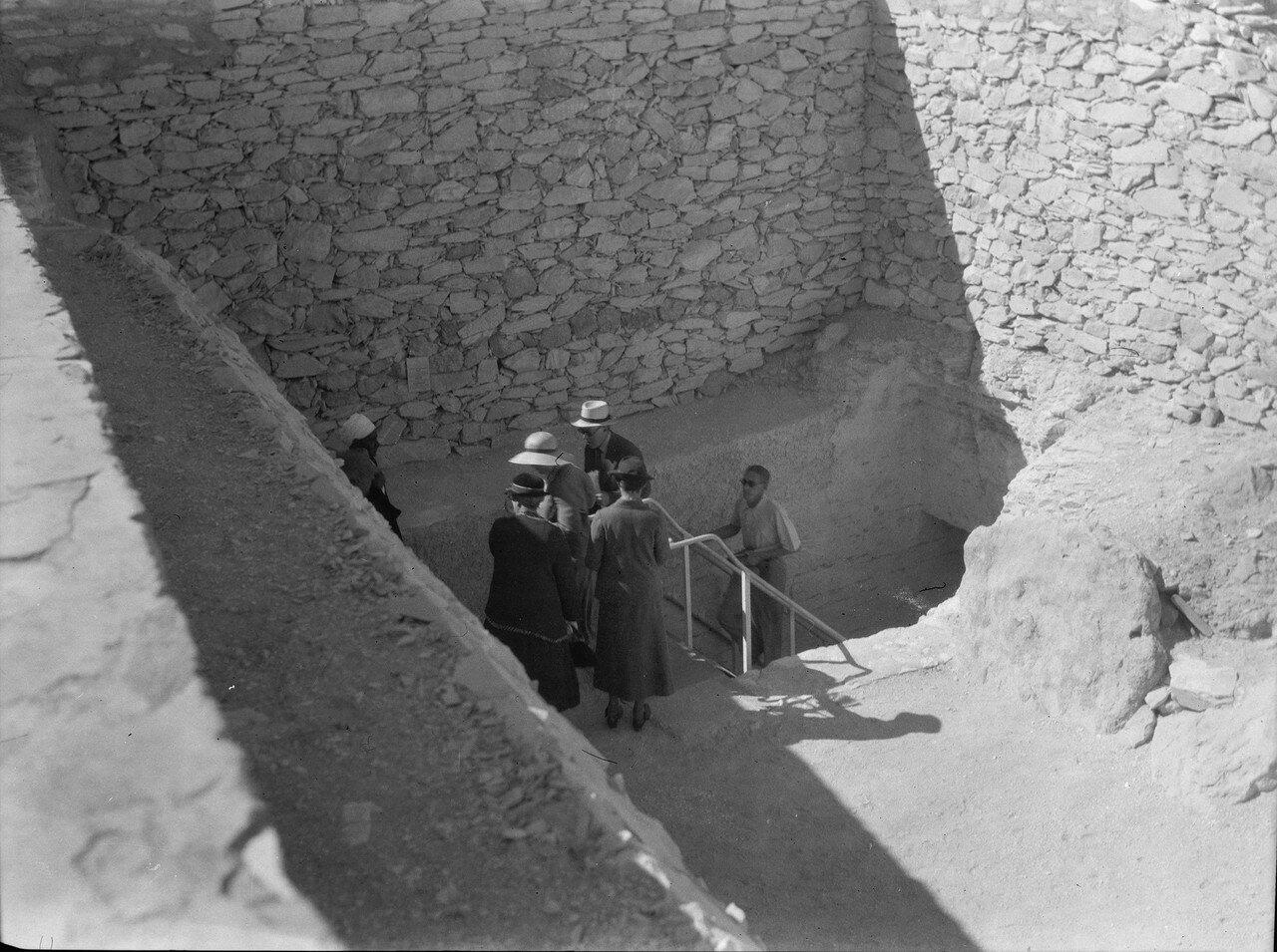 Фивы. Спуск к гробнице Тутанхамона