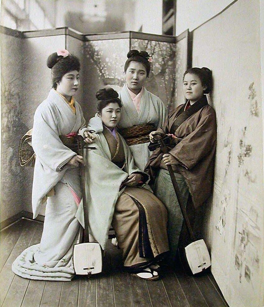 Четыре женщины