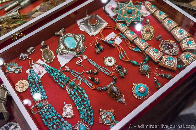 Антикварные непальские украшения