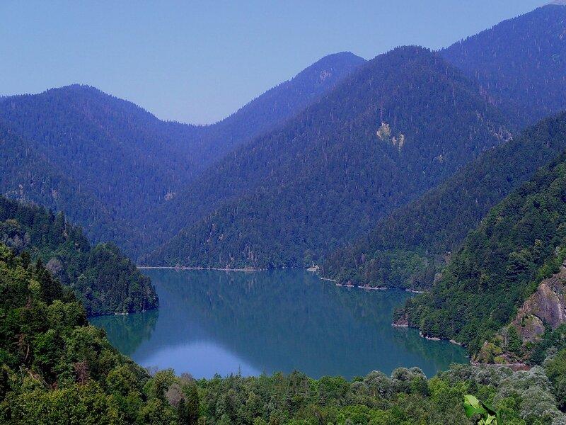 демерджи озеро рица вид сверху фото двухмесячном возрасте, она