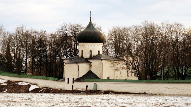 http://img-fotki.yandex.ru/get/4514/art-pushka.6b/0_54bb1_2d9aded1_XL.jpg