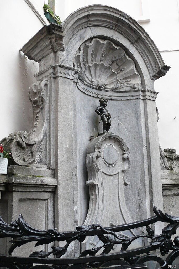 Памятники Брюсселя