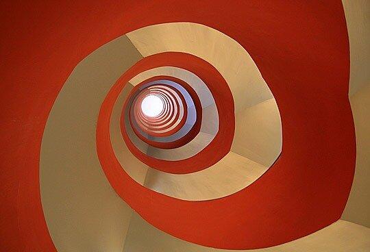 Curves by Tineke Visscher