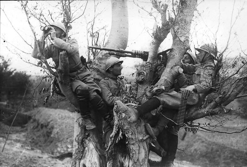 moldavia-1917-romanian-men-army-soldiers-world-war-world-war-1-ww1-romania.jpg