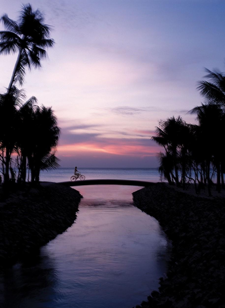 Пятизвездочный Reethi Rah Resort на Мальдивских островах