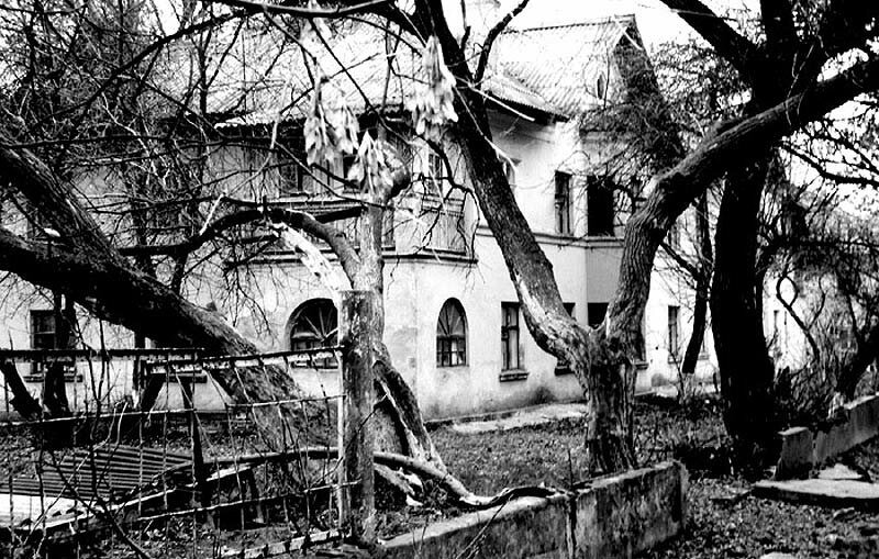 "Двор на ""стометровке"", фото JoeJester"
