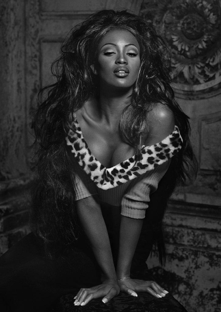 работа фотографа Альберта Уотсона / Naomi Campbell, Venice, 1991 - photo by Albert Watson