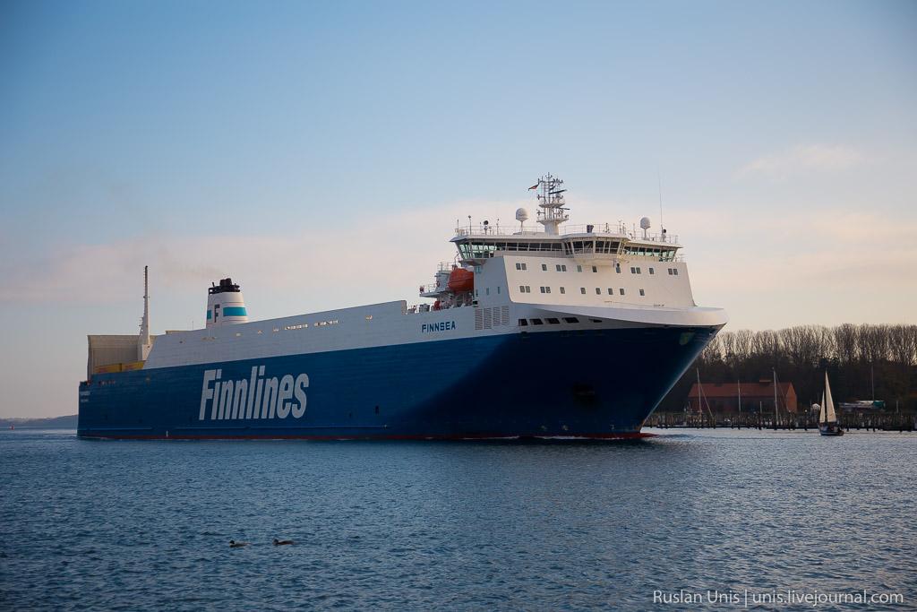 Автомобильное путешествие на пароме Finnlines