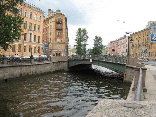 Демидов мост в Санкт-Петербурге