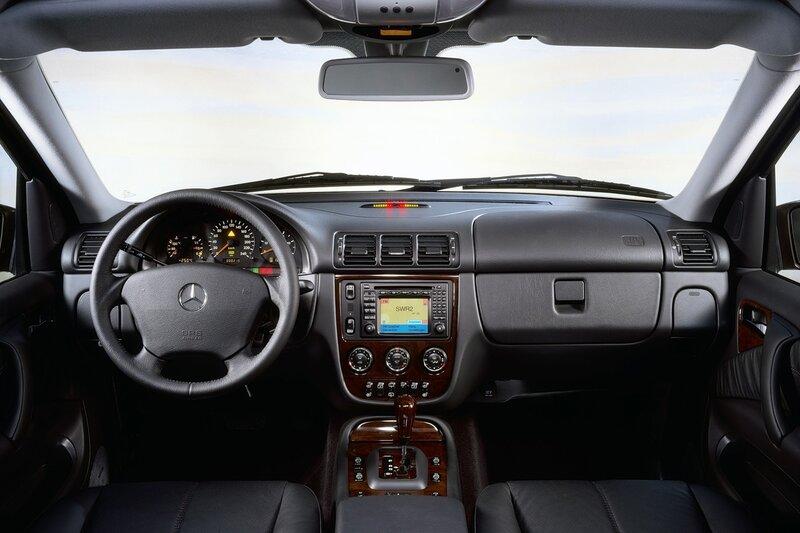 Mercedes-Benz ML 320, BMW X5 3.0i.  Отличное - враг хорошего.