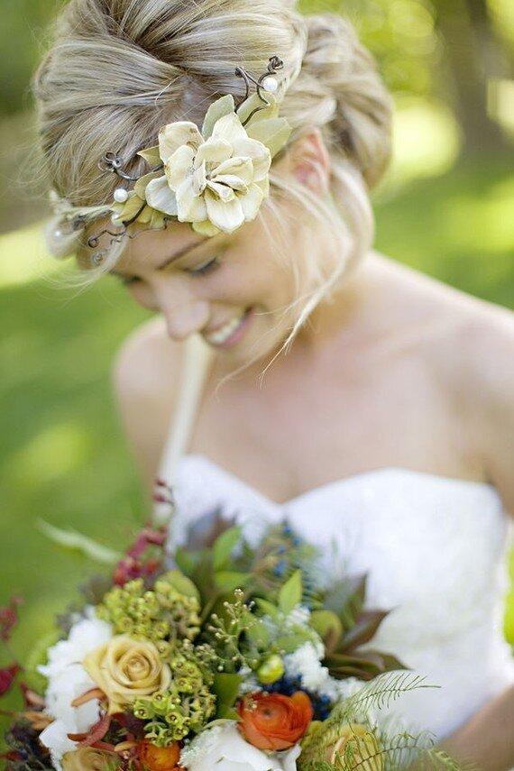 Свадебные прически венок фото