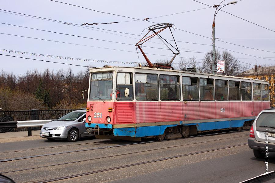 Шел трамвай десятый номер