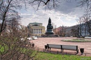 Екатериненский сквер (Екатериненский сквер, памятник Екатерине II, Петербург, скамья)