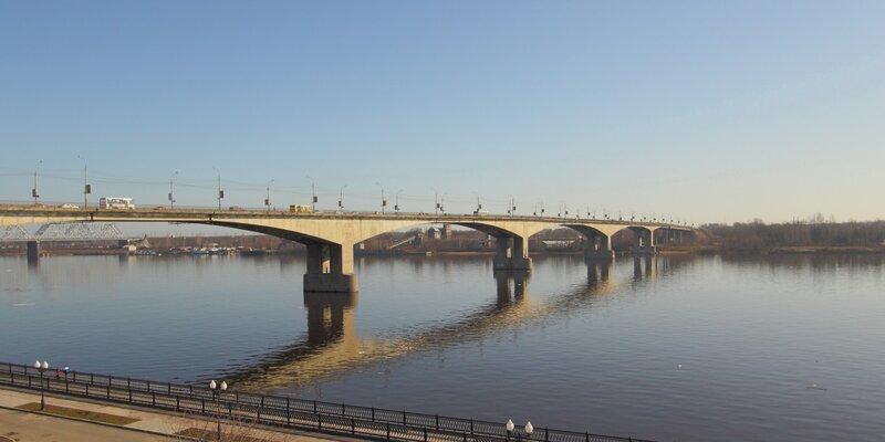В сентябре начнется ремонт Октябрьского моста.